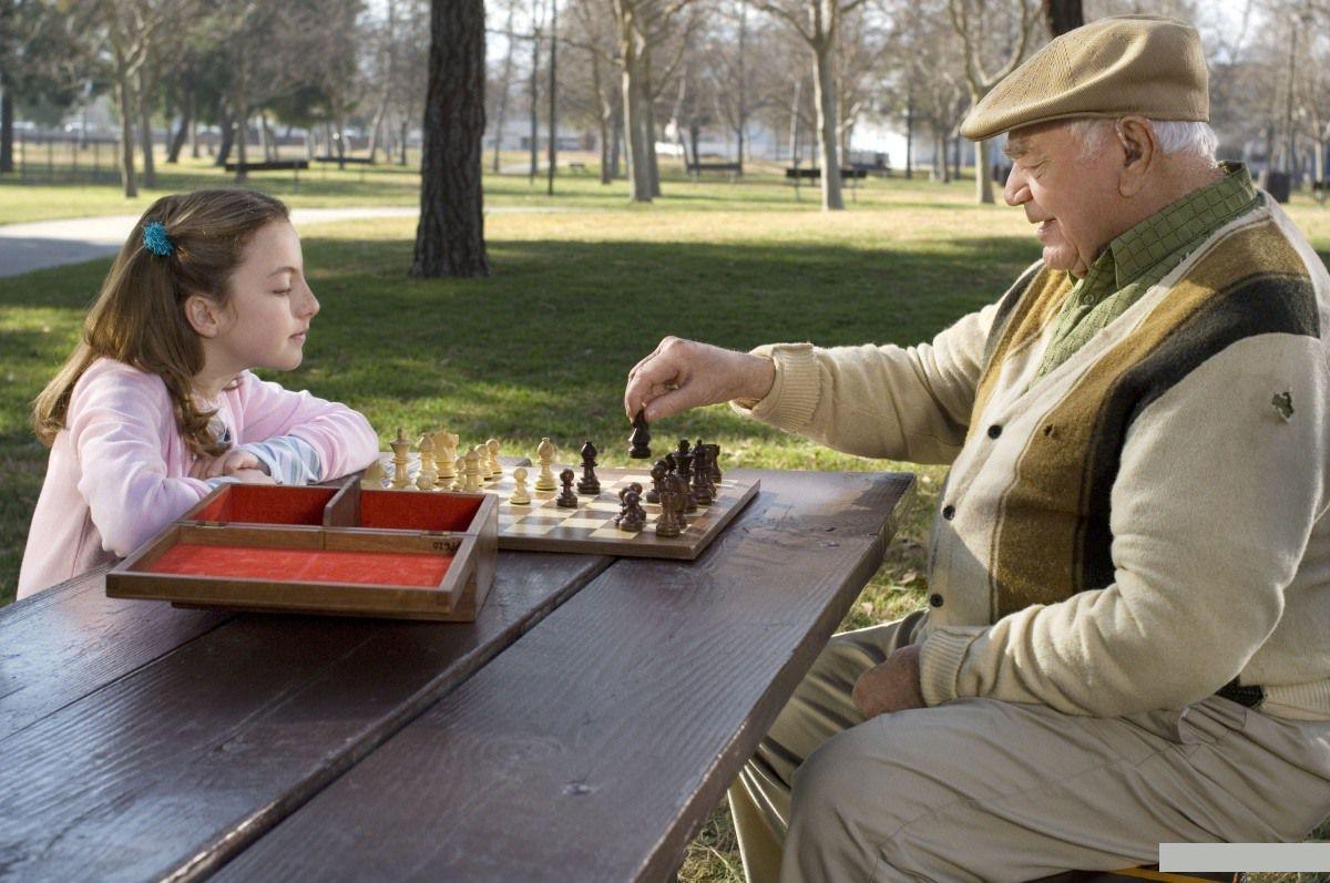 Смотреть дедушка с внучкой 13 фотография